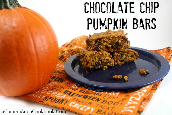 Chocolate Chip Pumpkin Bars: Are you looking for an easy dessert recipe?  These Chocolate Chip Pumpkin Bars are a great choice.  Pumpkin and chocolate are a great team!