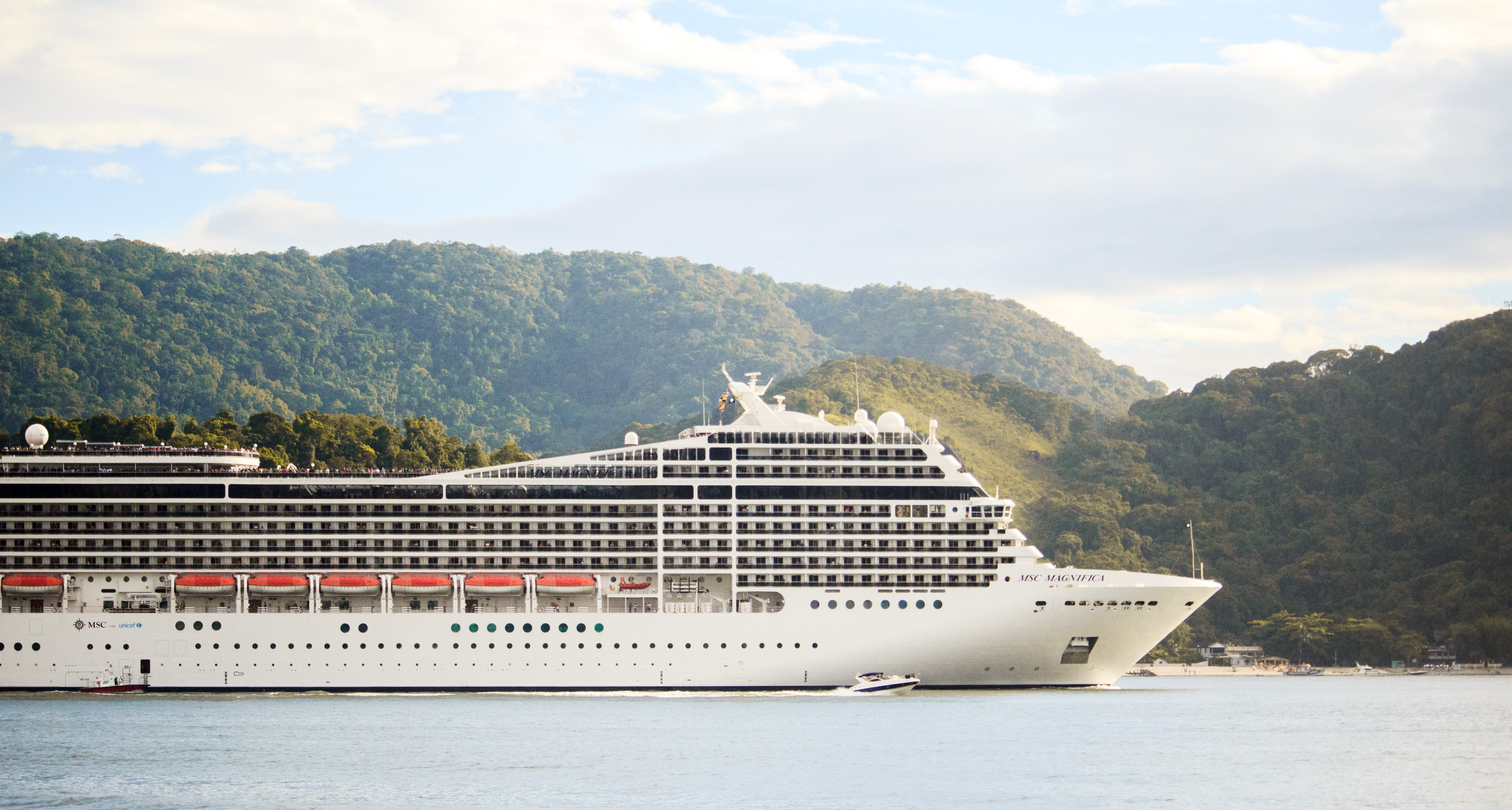 5 Reasons To Start The New Year With A Cruise