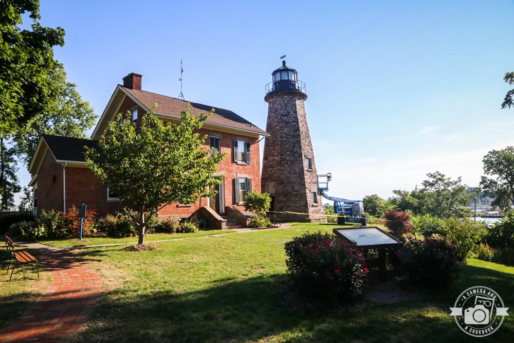Charlotte Genesee Lighthouse: Trip Report Day 1 - A Camera And A Cookbook