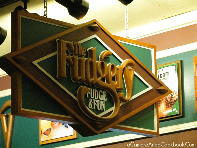 Fudgy Fudge & Fun in Gatlinburg, TN